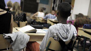 Lapsi koulussa (2)
