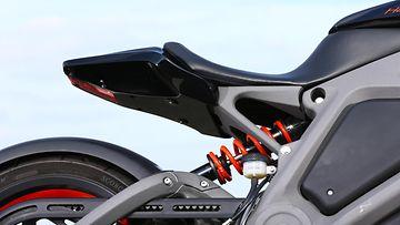 Project Livewire -pyörille luvataan 85 kilometrin toimintamatka, jos ajaa säästeliäästi.