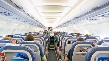 Lentokoneen_matkustamo