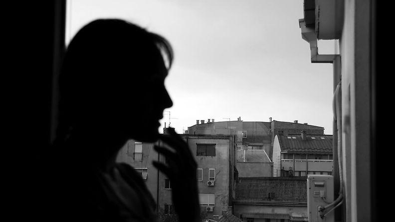 nainen_ikkunassa (1)
