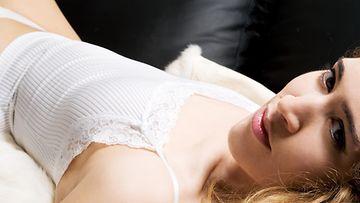 nainen, alusvaatteet