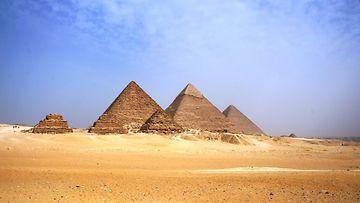 gizan_pyramidit