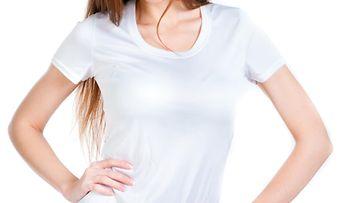 valkoinen_t-paita_nainen