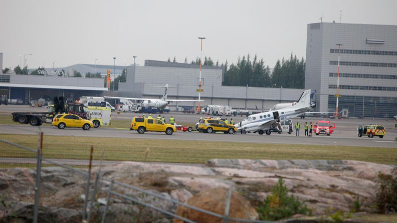 Pienkone lentokone lentokenttä