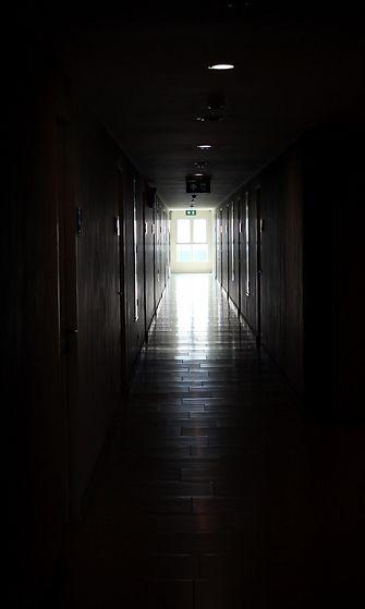 käytävä_valo