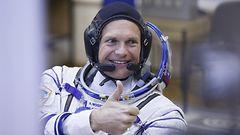 Tanskan ensimm�inen astronautti p��si perille legot mukanaan