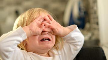 raivari, itku, lapsi