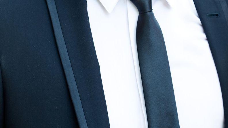 puku, mies, solmio
