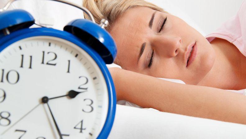 nainen, nukkumassa, kello