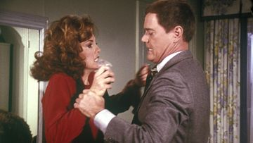 Dallas – Sue Ellen (Linda Gray) ja J.R. (Larry Hagman)