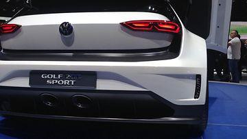 Golf GTE Sport -mallissa on 400 hevosvoimaa hybridivoimalla tuotettuna.