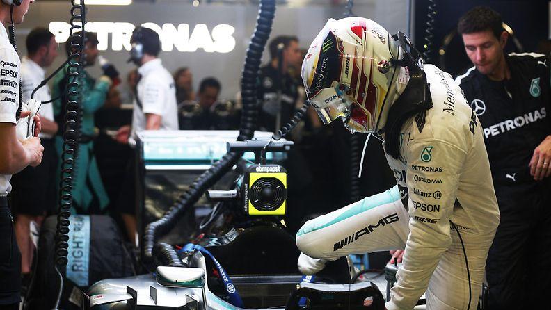 Lewis Hamilton, 2015, Singapore