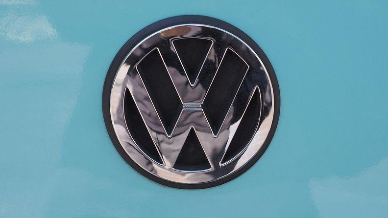 Volkswagen (2)