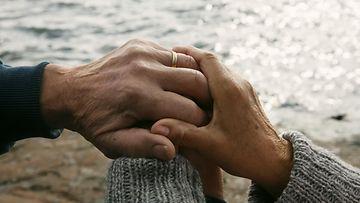 käsi_kädessä