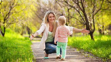 Äiti ja lapsi (1)