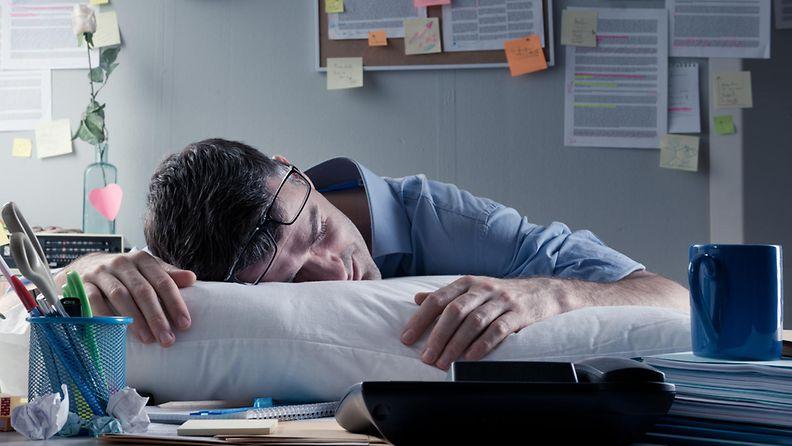 Vaivaatko työasiat myös kotona?