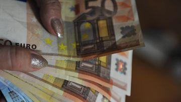 Pikavippi raha käteinen
