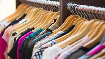 Vaatteita (2)
