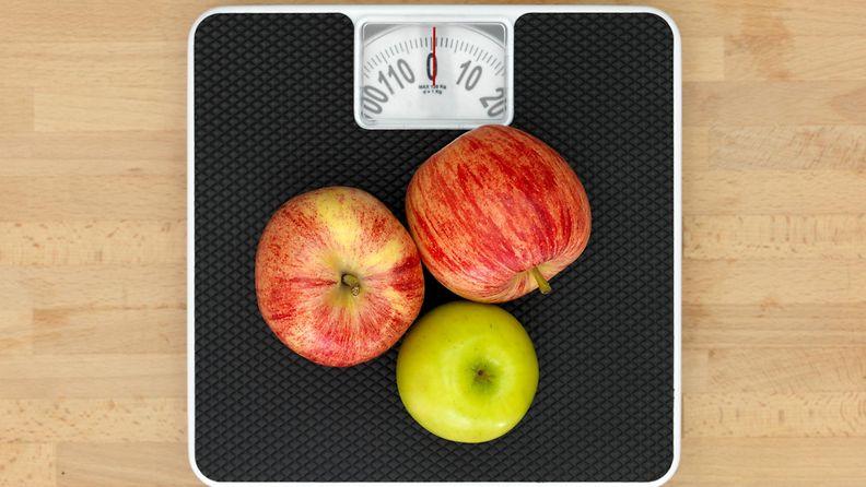 vaaka, omenat, kalorit