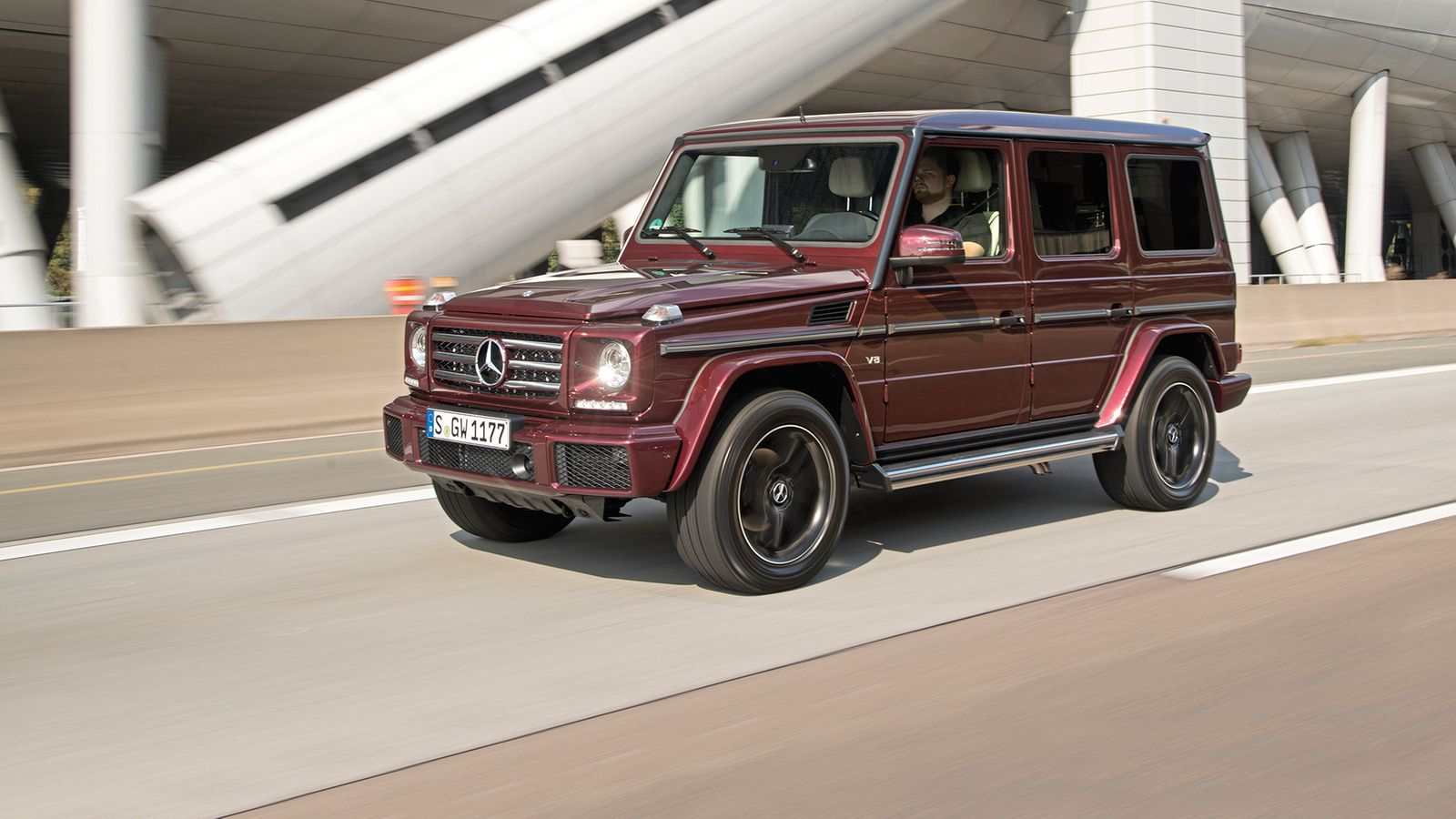 Koeajo mercedes benz g tervetuloa jurassic puistoon for Mercedes benz lifestyle