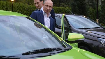 Vladimir Putin ja Lada Vesta.