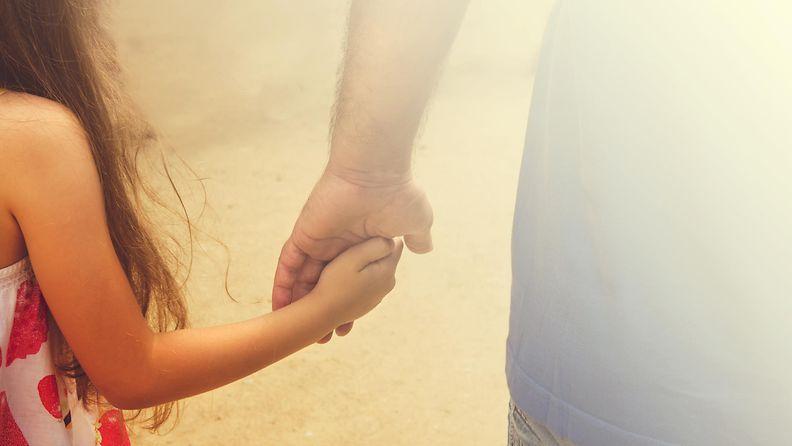 isä, tytär