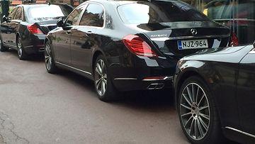 Mercedes-Maybach S 500 ja Mercedes-Benz S 350. (1)