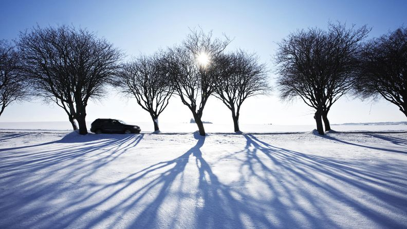 Autoilua talvella