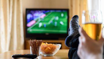 tv napostelu syöminen