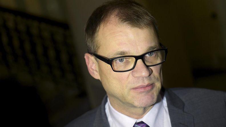 Juha Sipilä kommentoi Helsingin Sanomien kyselyä Ylen ääministerin haastattelutunnilla.