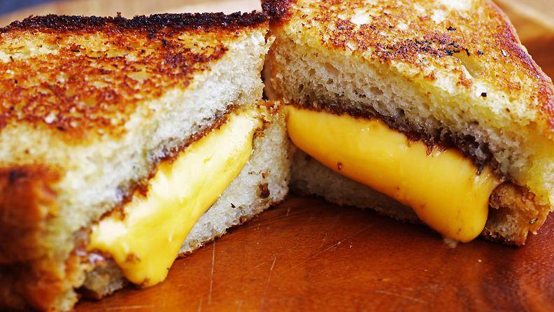 grillattu juustoleipä