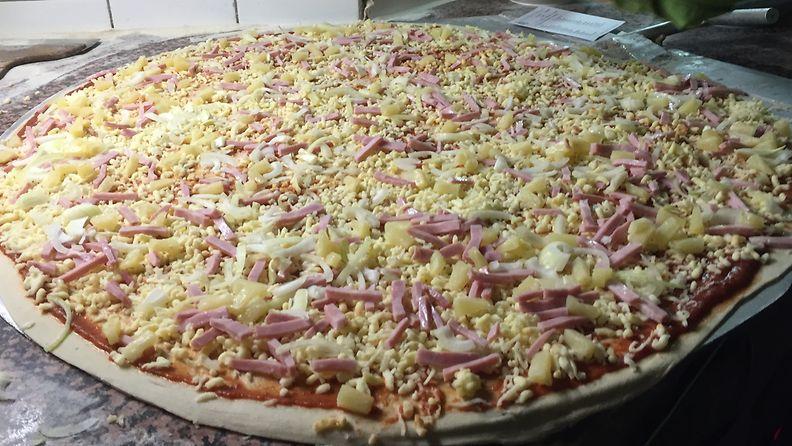 Ravintola Siilinpesä pizza raakana