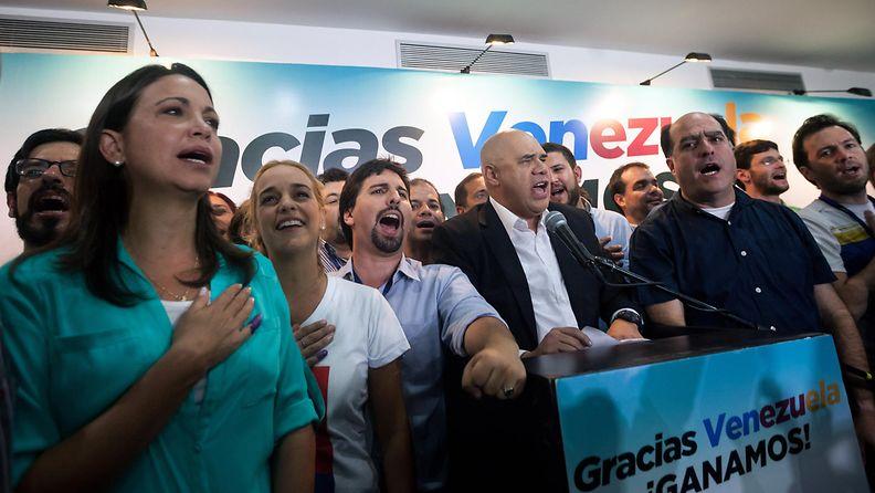 Venezuelan oppositio vaalivoittoon
