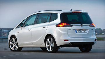 Opel-Zafira-Tourer-271445