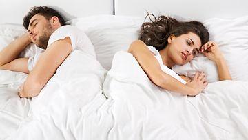 sänky, pariskunta, pettymys