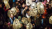 Talvipäivänseisausta juhlitaan Brightonissa  Burning the Clocks -paraatissa 2014 Copyright: Julia Claxton / Barcroft Media/ All Over Press. Photographer: Julia Claxton / Barcroft Media.