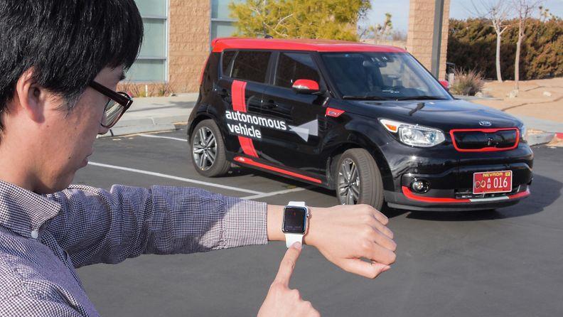 Kian autonominen auto tunnistaa kuljettajansa älykellon tai sormenjäljen perusteella.