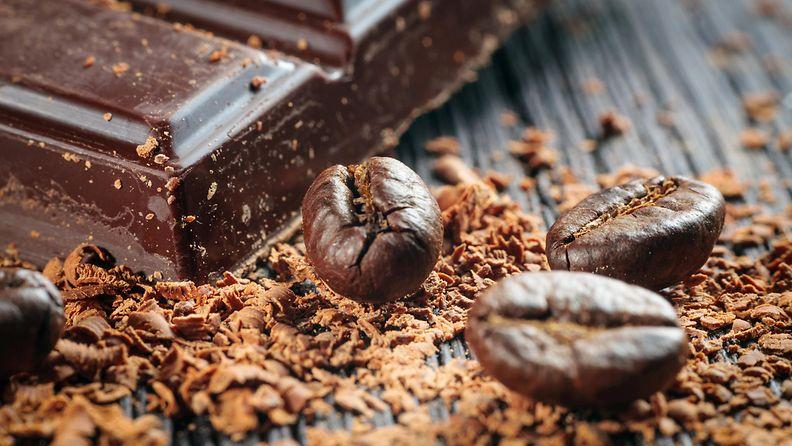kahvi ja suklaa