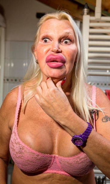 transvestiitti nainen Kauhava