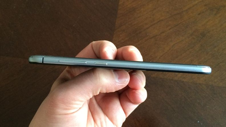 ZTE Blade V6 Android kännykkä