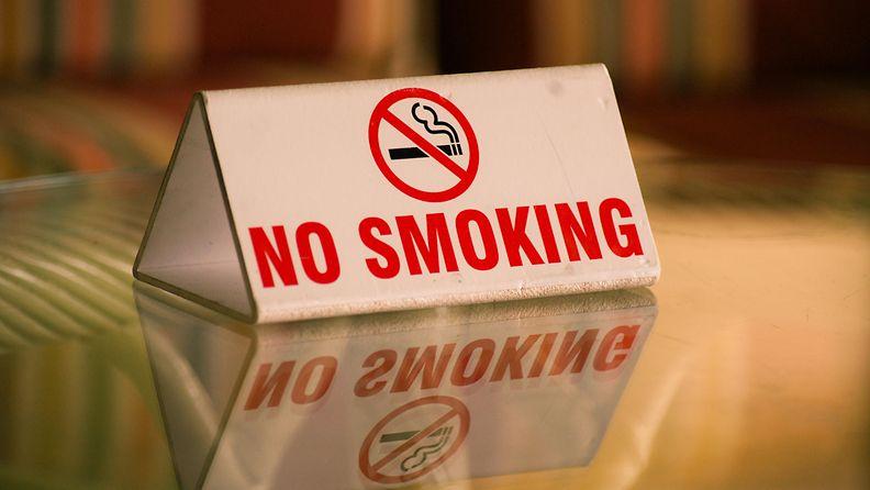 ei tupakkaa