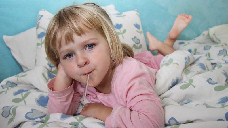 lapsi kuumemittari