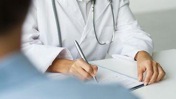 lääkäri (3)