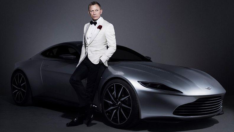 James Bond ja Aston Martin DB10