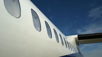 lentokoneen ikkunat