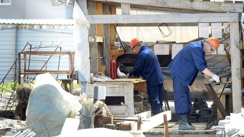 rakennusmiehet