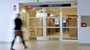 Sairaalassa (3)