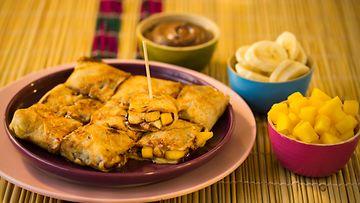 Vietnamilaiset banaani-mangokrepit