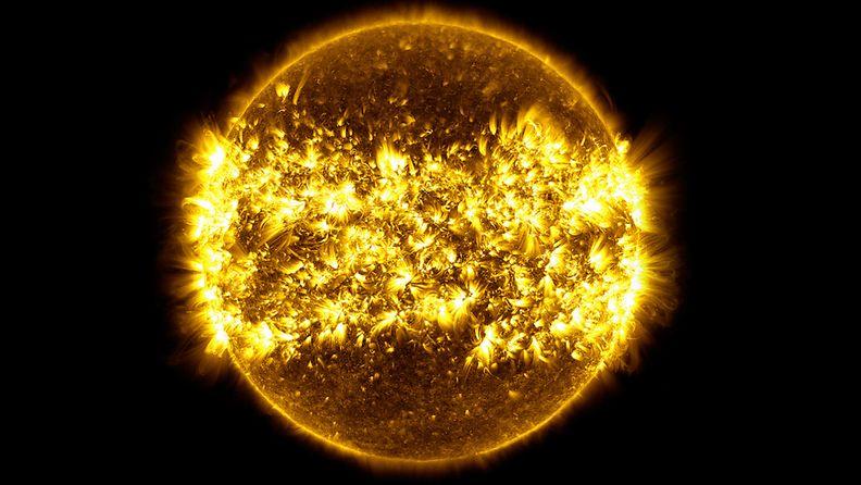 Kuvakooste auringon aktiivisuudesta
