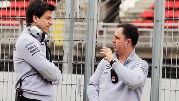 Toto Wolff, Ron Meadows